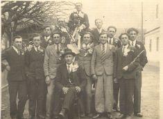 Odvedenci 30.léta 20.stol. uprostřed starosta Josef Bešta